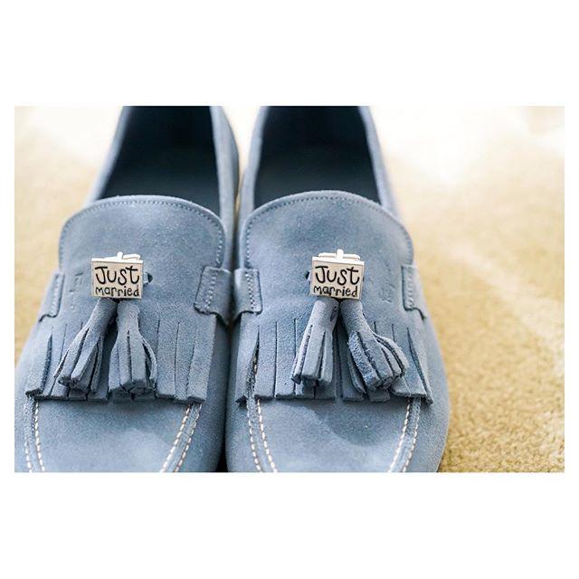 .おしゃれは足元と手元から...◡̈︎..shoes : @ferragamo wedding theme #colorfulxmas1128