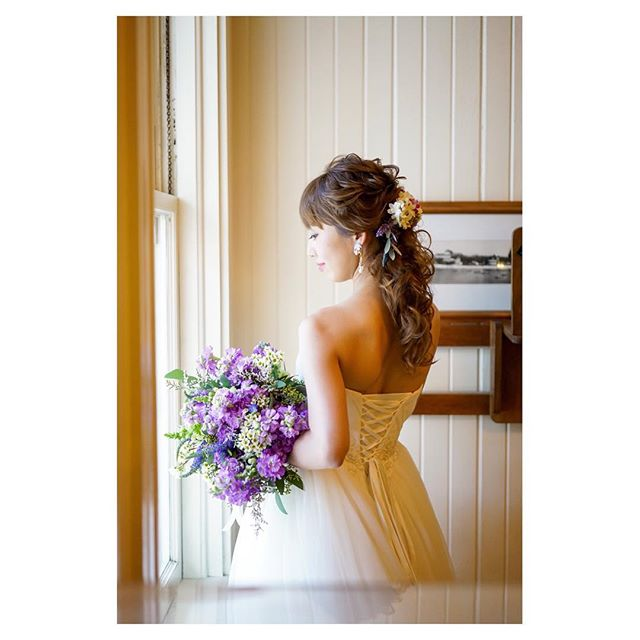 .@themoanasurfrider .美しい立ち姿....Hair & Make @bilino_hawaii_wedding_pictures Photo @mak_ishii @ayastomikawa @fotogenica_hawaii