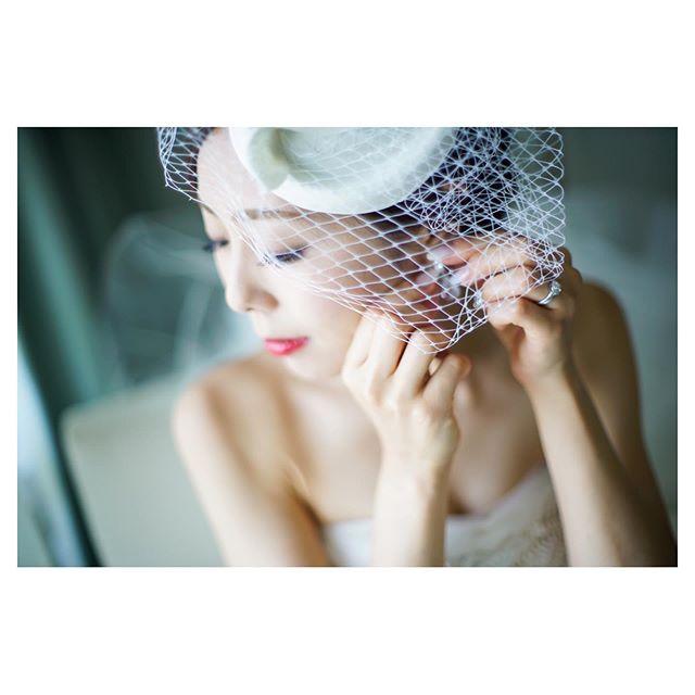 .赤の魔法...可憐で艶やかな大人花嫁.. @mak_ishii  @hisami_hairmake Produced by @la.chic.weddings