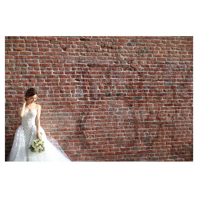 .Downtown ShootingPhoto by @makoozaki .Produced by @la.chic.weddings