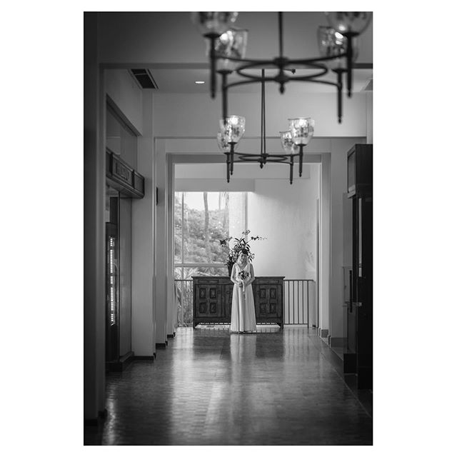 .@kahala_resort .どこを切り取ってもフォトジェニックなホテル.. @iluminiphoto Produced by @la.chic.weddings