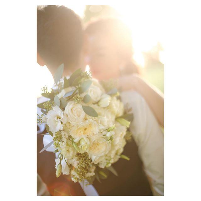 .2020年に出逢えるウェディングはどんな色かな.....『結婚式をもっと自由に!楽しく!おしゃれに』今年も笑顔溢れる素敵な時間をお過ごしいただけるよう、おふたりに寄り添いサポートさせていただきます◡̈︎したいことやイメージがなくても是非気軽にご相談ください。心よりお待ちしております...La Chic Weddings / Masako
