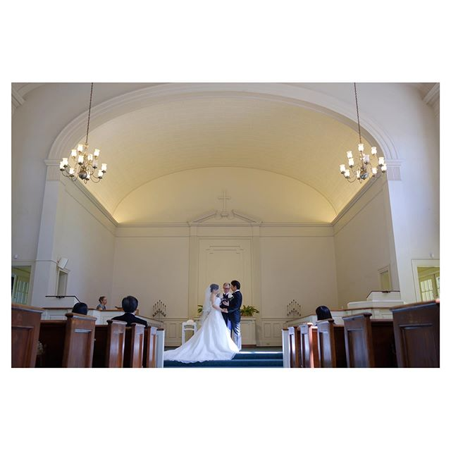 .Central Union Church Atherton️シンプル且つ上品なホワイトカラーの教会はフォーマルな装いが良く似合う。