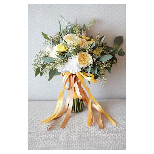 .黄色は希望や喜びの色。ブーケに想いを込めて..... @mak_ishii